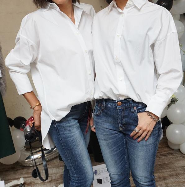 大人の白シャツ