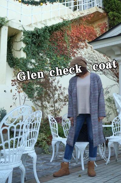 グレンチェックコートとクロックス