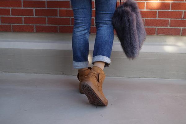 ショートブーツ歩きやすい