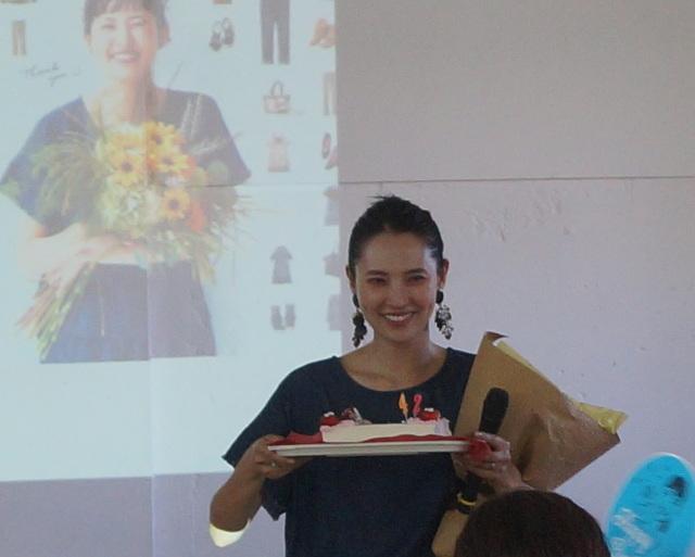 浜島直子さん×リブインコンフォート100商品記念トークイベントの様子