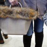 【ZAKKA-BOX】フワフワ♪ラクーンファーのレディースバッグ~大人可愛いファートートバッグ