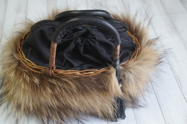 カゴバッグの巾着袋