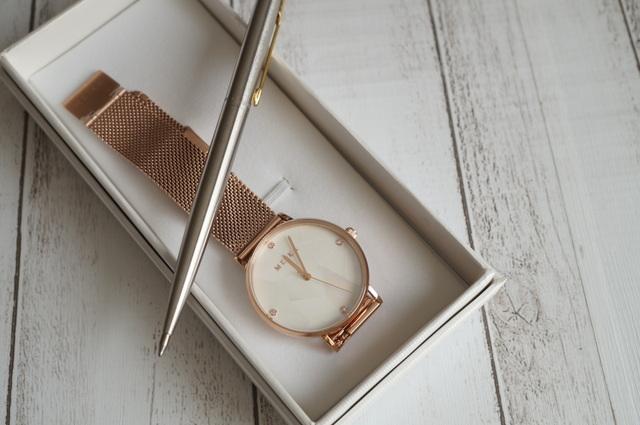 スタイリッシュな時計